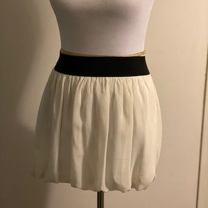 NWT white skirt